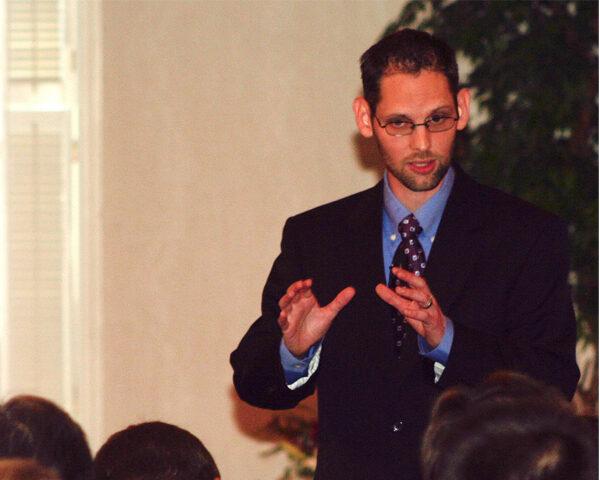 Rev. Rich Walker Ministering